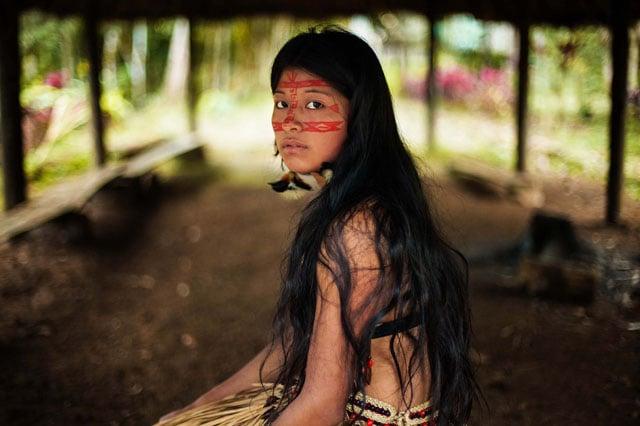 Kichwa woman in the Amazonian rainforest