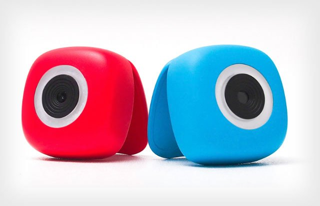 Podo is a Stick and Shoot Camera for a Photo Booth You Can Take Anywhere