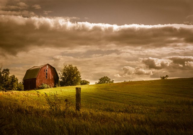 Crappy Gear, Amazing Photos: Using An Old Canon PowerShot to Capture Dreamy Landscapes