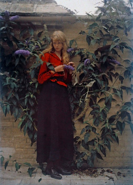 These 1913 Autochrome Portraits Are From the Early Days of Color Photography