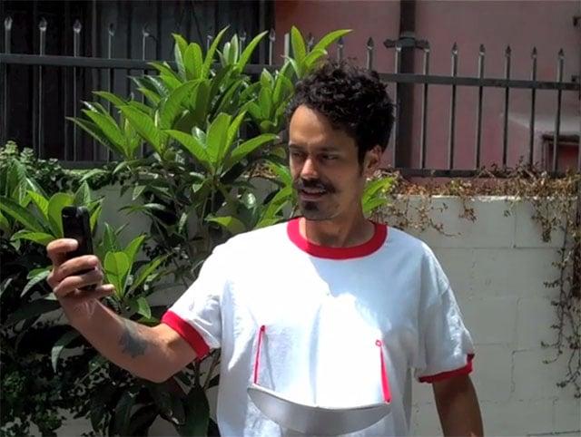 SelfiePICTEE: A T-Shirt with a
