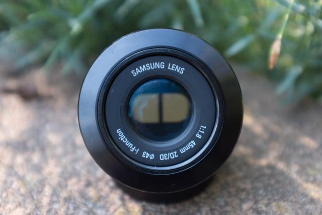Lens in '3D Mode'