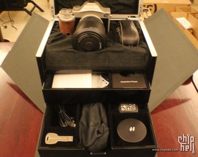 Hasselblad-Lusso-mirrorless-camera-2