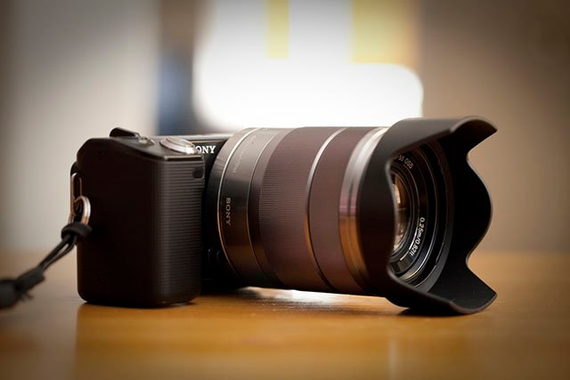'Mirrorless' Now the Official Name of the Camera Market Dominated by Sony