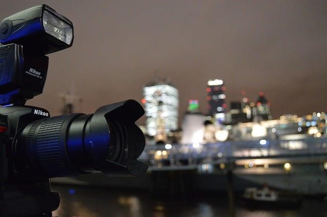 camera-658937_640