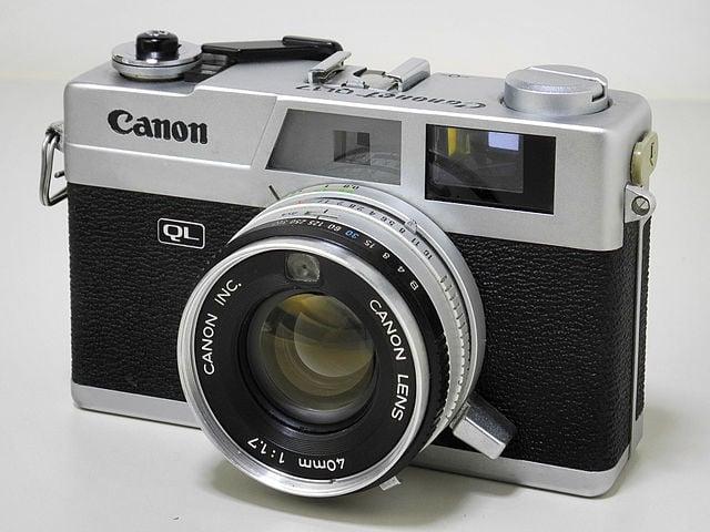 640px-Canonet_QL17