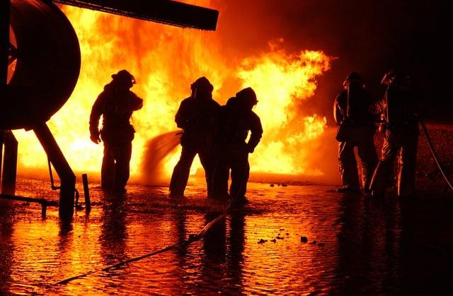 firefighter-756826_640