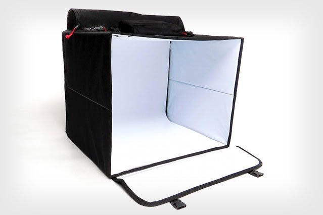 SOOC Studio is a Portable Lighting Studio with Built-In LEDs