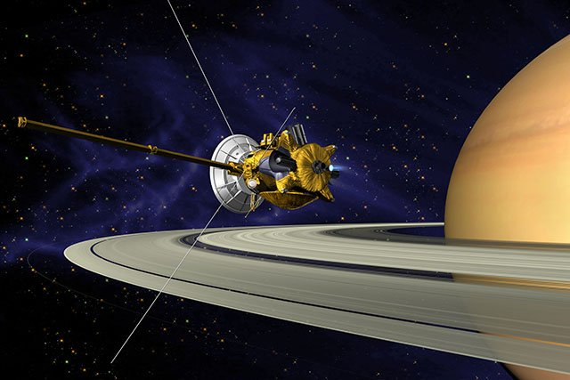These are the Most Incredible Photos Shot by NASA's Cassini Probe