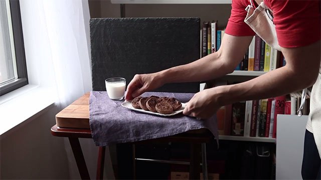 Tips for Shooting Food Photos with Simple Tools and Natural Light