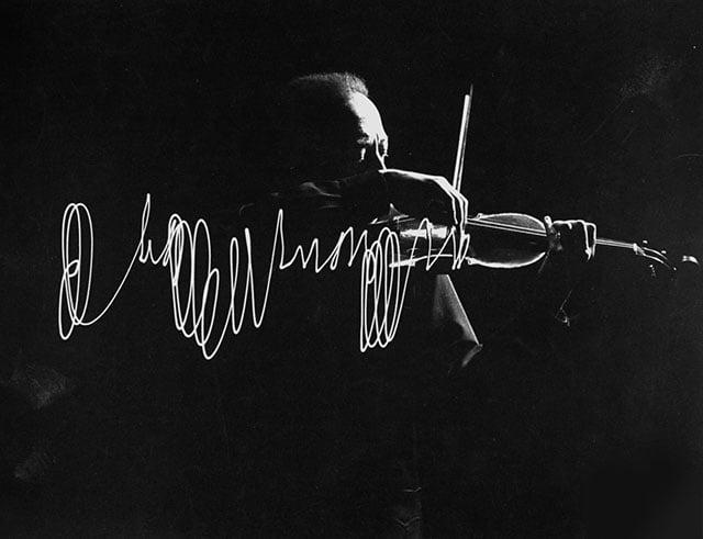 Gjon Mili captured this photo of violinist Jascha Heifetz in 1952.