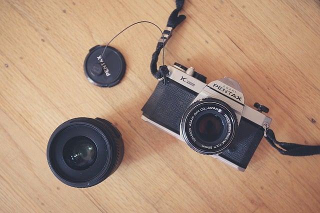camera-863124_640