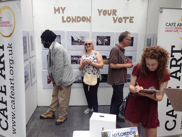 Public voting on the finalist photos.