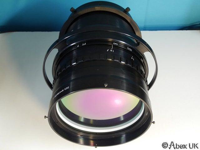 Chiếc ống kính tiêu cự 200mm, mở khẩu chỉ f/1.0 sẽ trông như thế nào?? - 91670