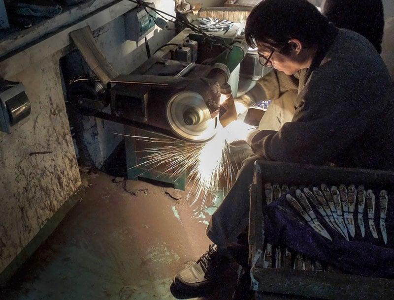Grinding Knives – Yangjiang, China