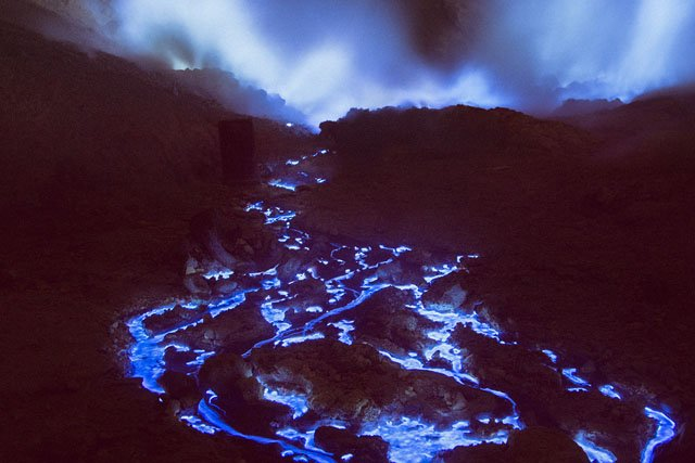 Photos of the Glowing Sulfur Inside Indonesia's Blue Fire Volcano Crater