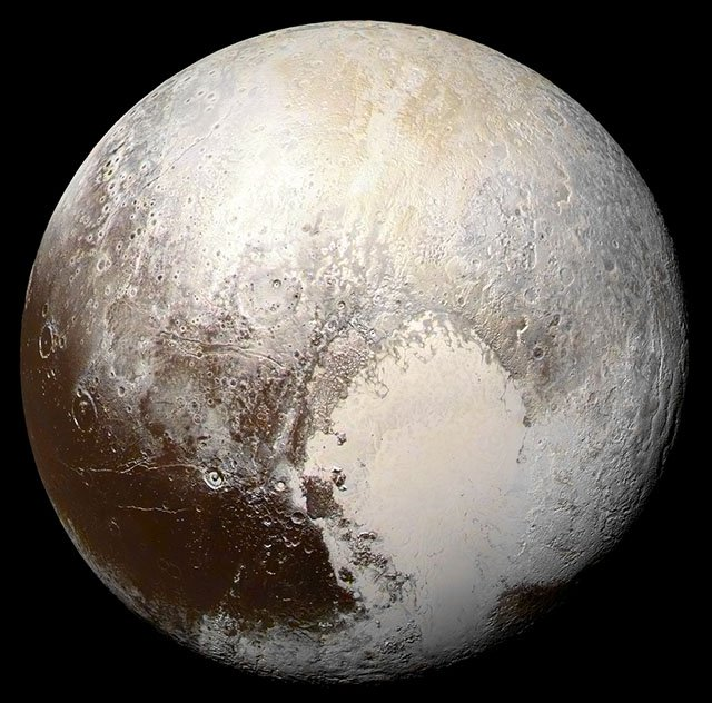 This Amazing High-Res View of Pluto Was Made Using 26 New NASA Photos