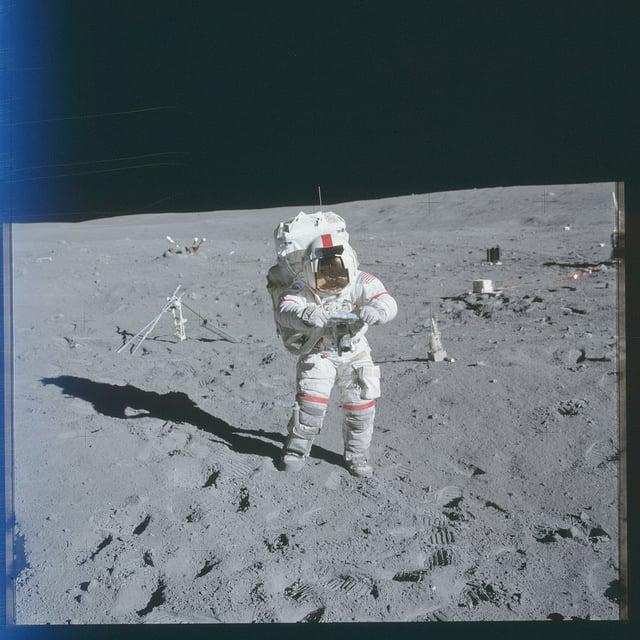 the apollo space astronauts - photo #10