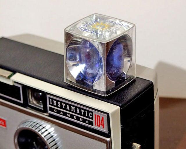 Flashcube_on_Kodak_Instamatic-2