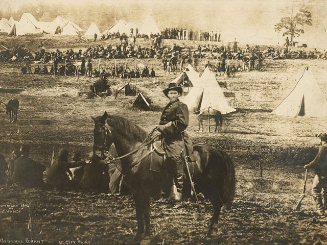 This 1902 'Photo' of General Grant is an Early Example of Compositing