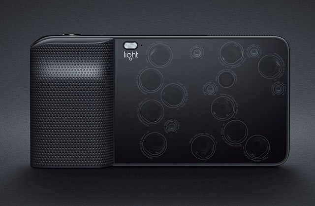 Light L16 is a Point-and-Shoot That Packs 16 Cameras for 52MP Photos
