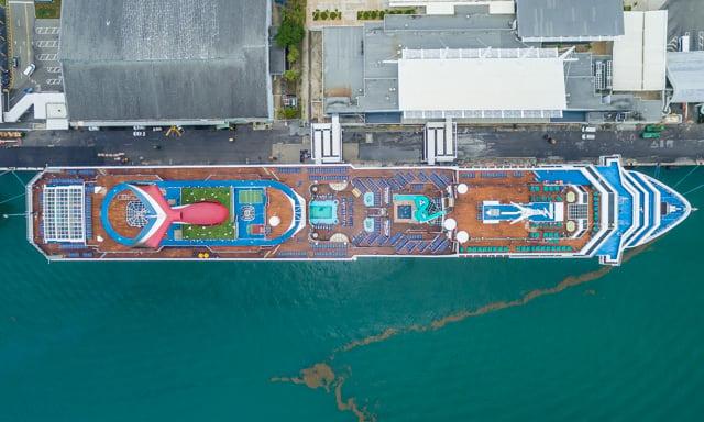 shipsatport-3
