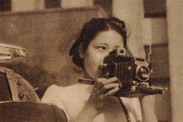 Sasamoto shooting in her 20s.