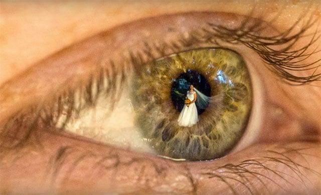 Eye Reflection Photoshop A Wedding Photographed...