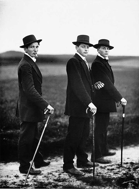 """""""Young Farmers"""" by August Sander."""