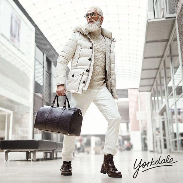 YD-FashionSantaSocial-YD9