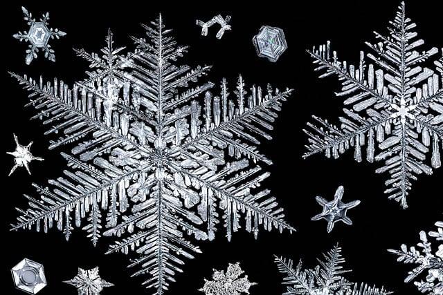 snowflake-big-and-small