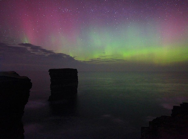 Image adjusted to replicate the typical treatment of UK and Ireland aurora shots posted from the St Patrick's Day display