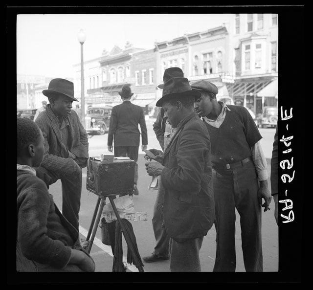 Street photographer. Smithfield, North Carolina. Photo by Arthur Rothstein.
