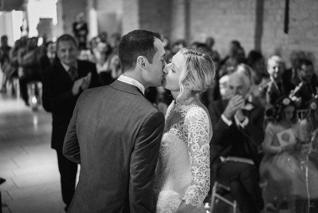 surrey-wedding-photographer_0006(pp_w1000_h668)