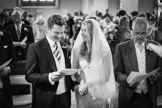 surrey-wedding-photographer_0022(pp_w1000_h668)