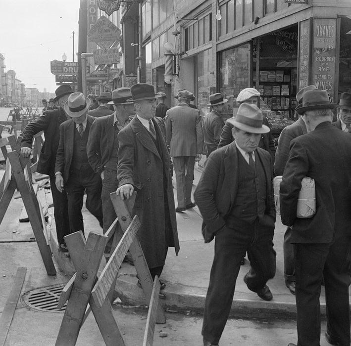 April 1939.