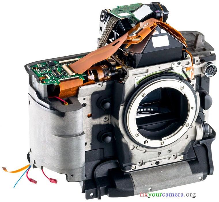 Nikon-D4-031-Disassembly-FixYourCamera-Org-Teardown&Review.JPG