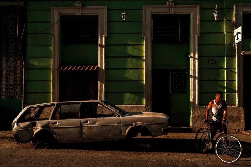 026-cuba-street-photographer