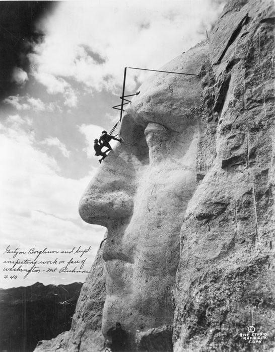 TPTM_11_Mount_Rushmore_1932_BW