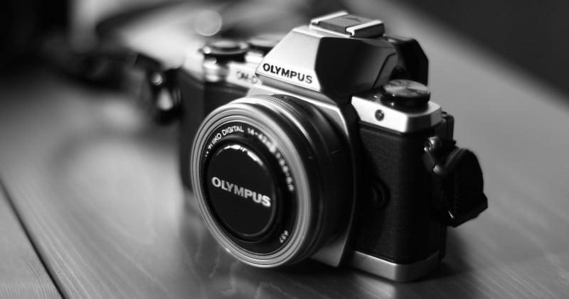 camera-541213_1920
