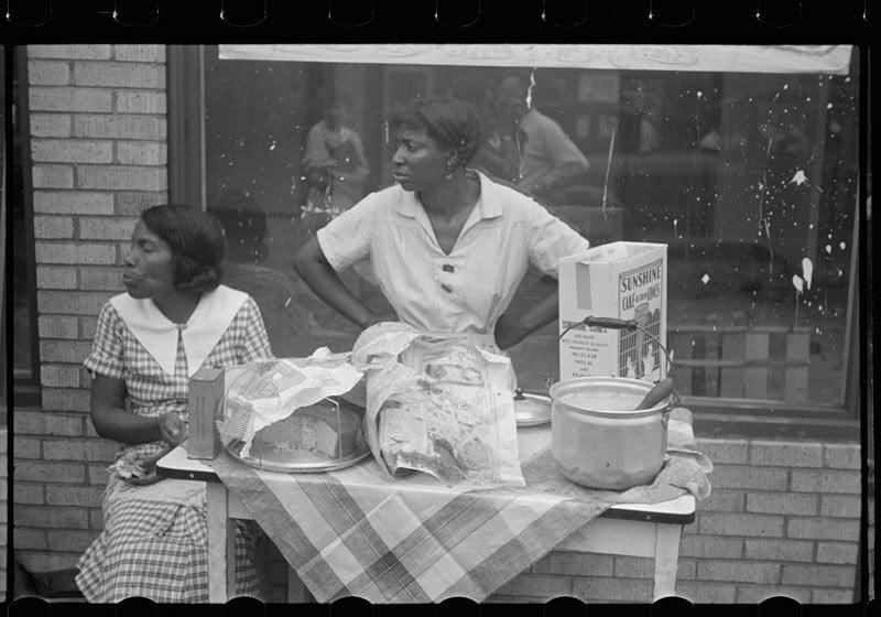 Women selling ice cream and cake, Scotts Run, West Virginia. July 1935.
