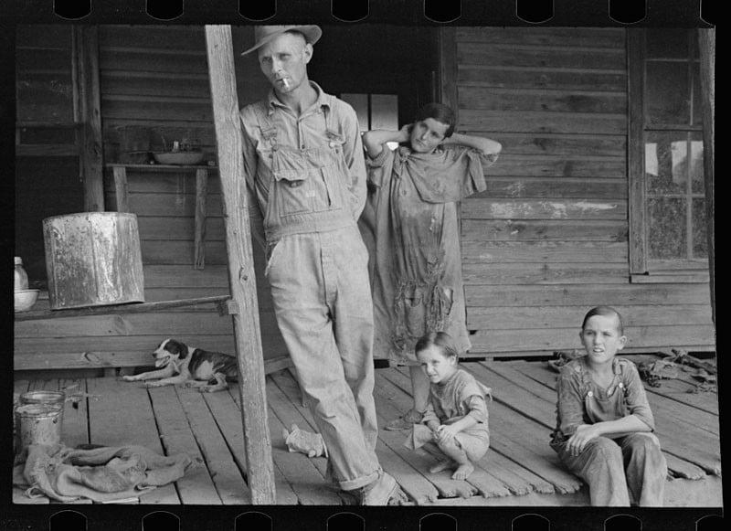 Floyd Burroughs and Tengle children, Hale County, Alabama. 1936.