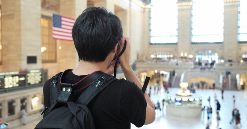 Simple Camera Strap Prevents Neck Pain by Clipping to Your Backpack