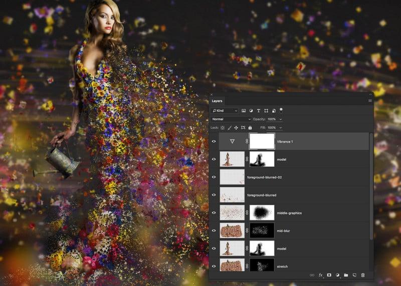 13-pixel-fragmentation-dispersion-effect-photoshop-700x500@2x