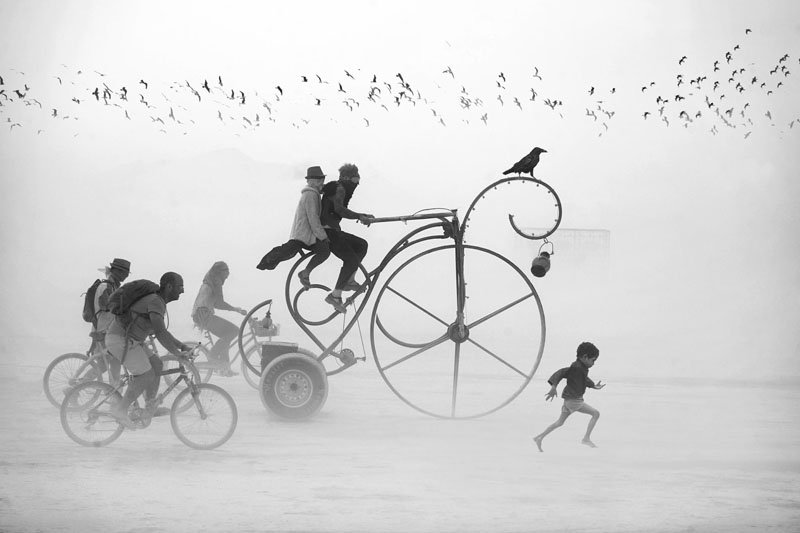 Dreamlike Photos of Burning Man by Victor Habchy