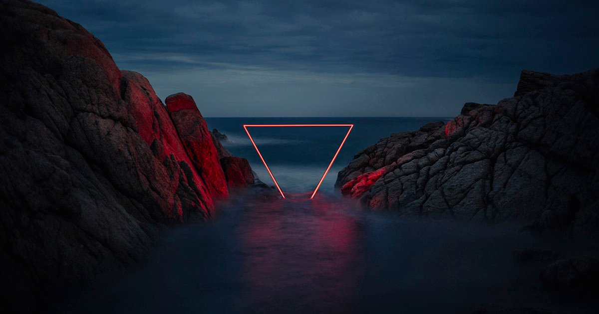 Photographer Shoots Shapes of Light in Spanish Landscapes