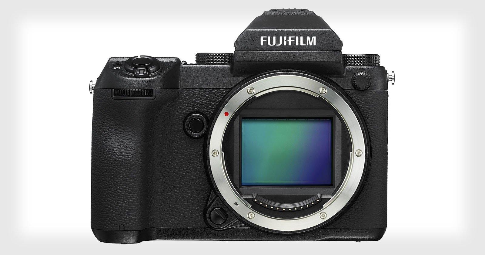 Fujifilm's Medium Format GFX 50S to Ship in February for $6,500