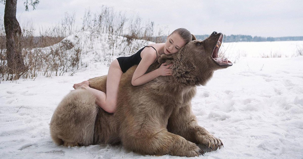 The Russian Photographer Who Shoots Dreamlike Portraits with Real Animals