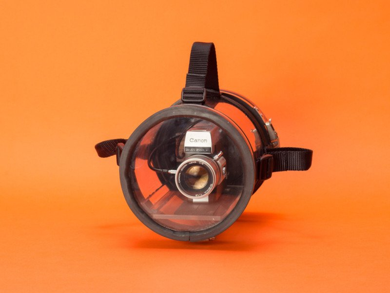 This Guy Made an Underwater Housing for a Super 8 Camera to