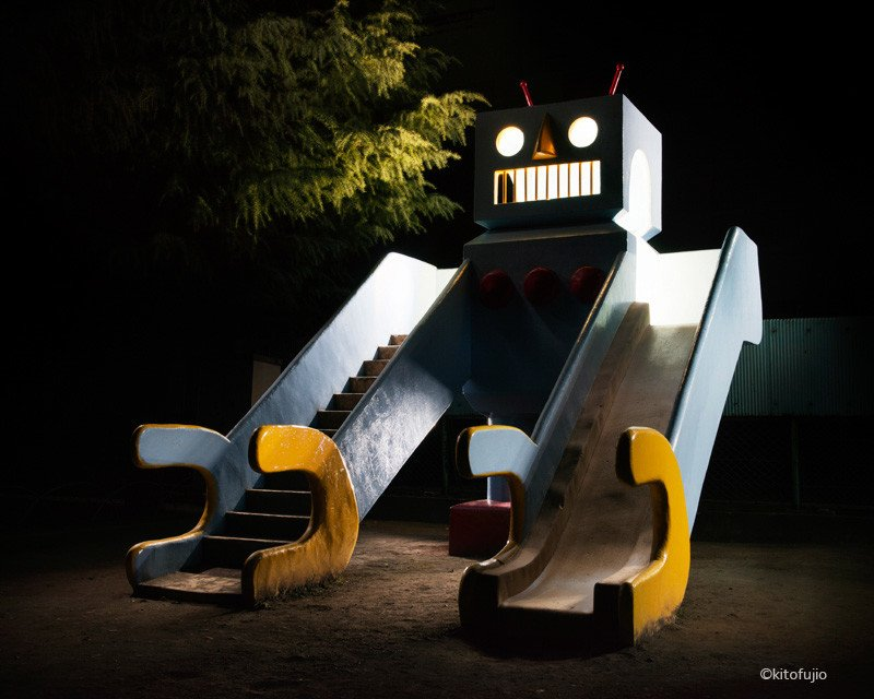Photos of Japan's Unusual Playgrounds at Night